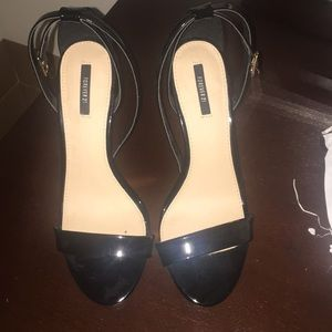 New forever 21 patent leather sandals